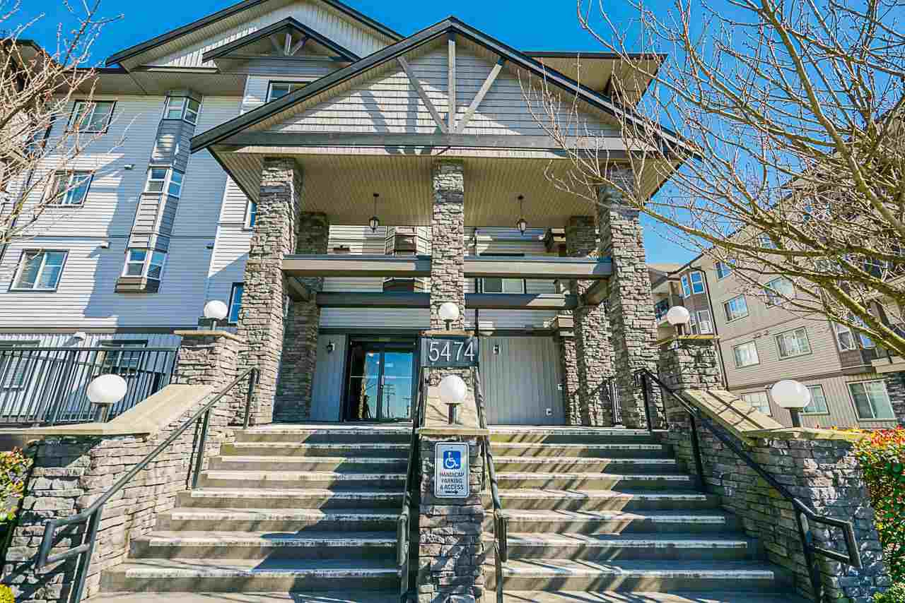 """Main Photo: 306 5474 198 Street in Langley: Langley City Condo for sale in """"Southbrook"""" : MLS®# R2445001"""