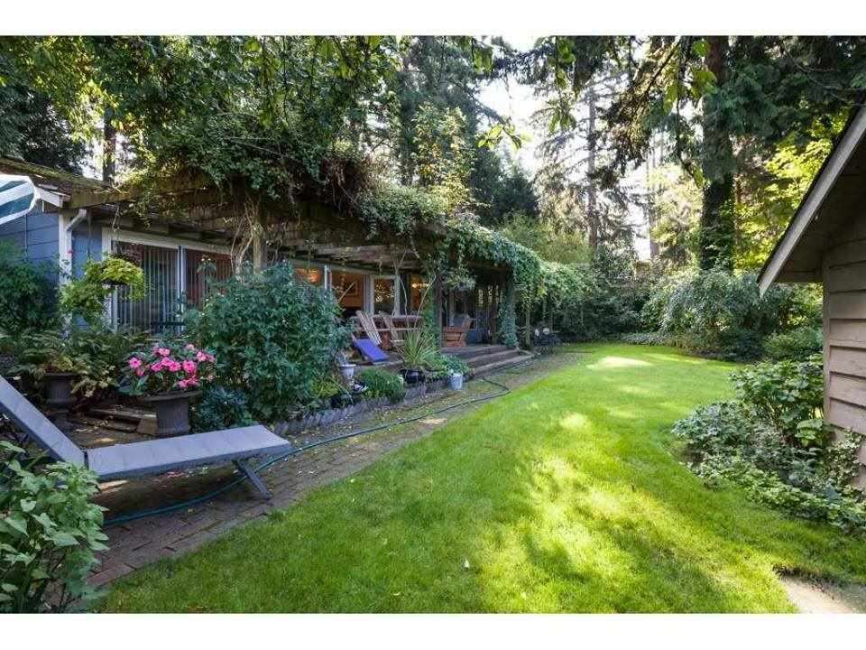 """Main Photo: 1931 128 Street in Surrey: Crescent Bch Ocean Pk. House for sale in """"OCEAN PARK"""" (South Surrey White Rock)  : MLS®# R2501920"""