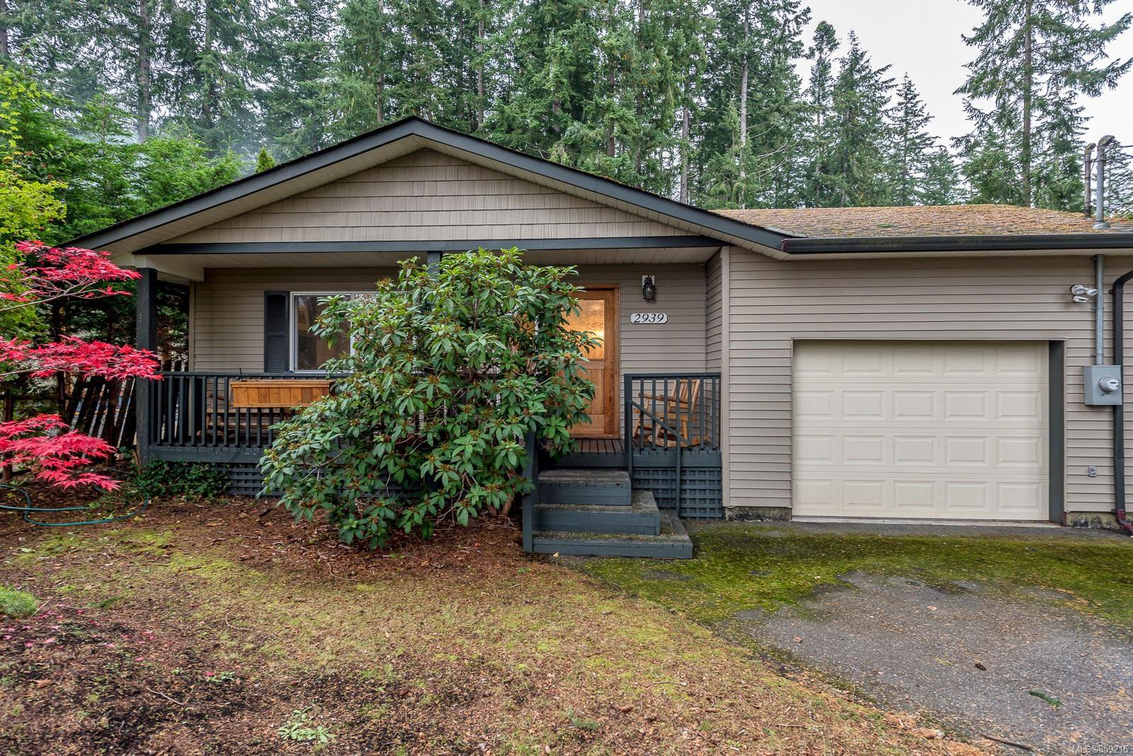 Main Photo: 2939 York Rd in : CR Campbell River South House for sale (Campbell River)  : MLS®# 859215