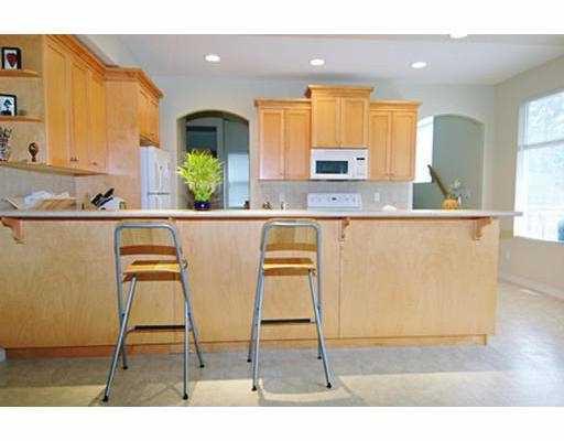 "Photo 5: Photos: 24146 HILL AV in Maple Ridge: Albion House for sale in ""CREEK'S CROSSING"" : MLS®# V567855"