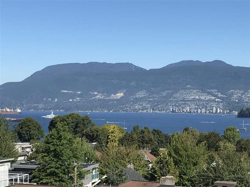Main Photo: 403 2120 W 2ND Avenue in Vancouver: Kitsilano Condo for sale (Vancouver West)  : MLS®# R2202071