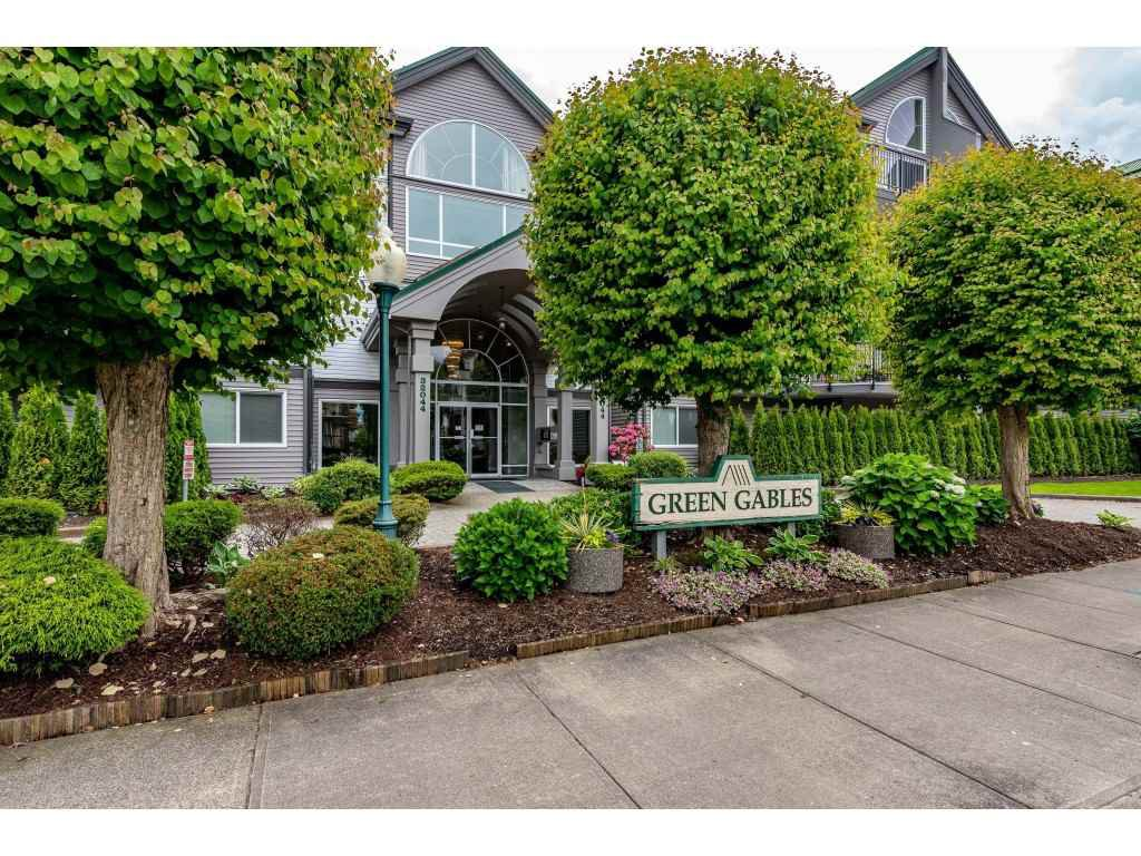 """Main Photo: 210 32044 OLD YALE Road in Abbotsford: Abbotsford West Condo for sale in """"GREEN GABLES"""" : MLS®# R2465154"""