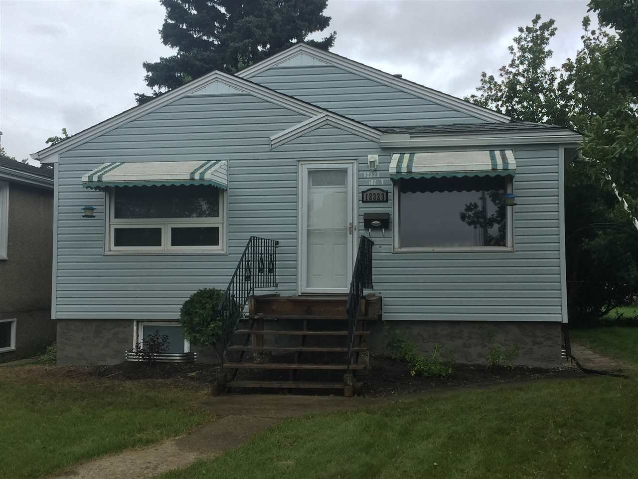 Main Photo: 12323 107 Street in Edmonton: Zone 08 House for sale : MLS®# E4171123