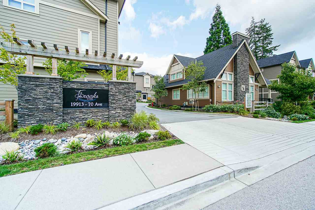 "Main Photo: 40 19913 70 Avenue in Langley: Willoughby Heights Townhouse for sale in ""Brooks"" : MLS®# R2421609"