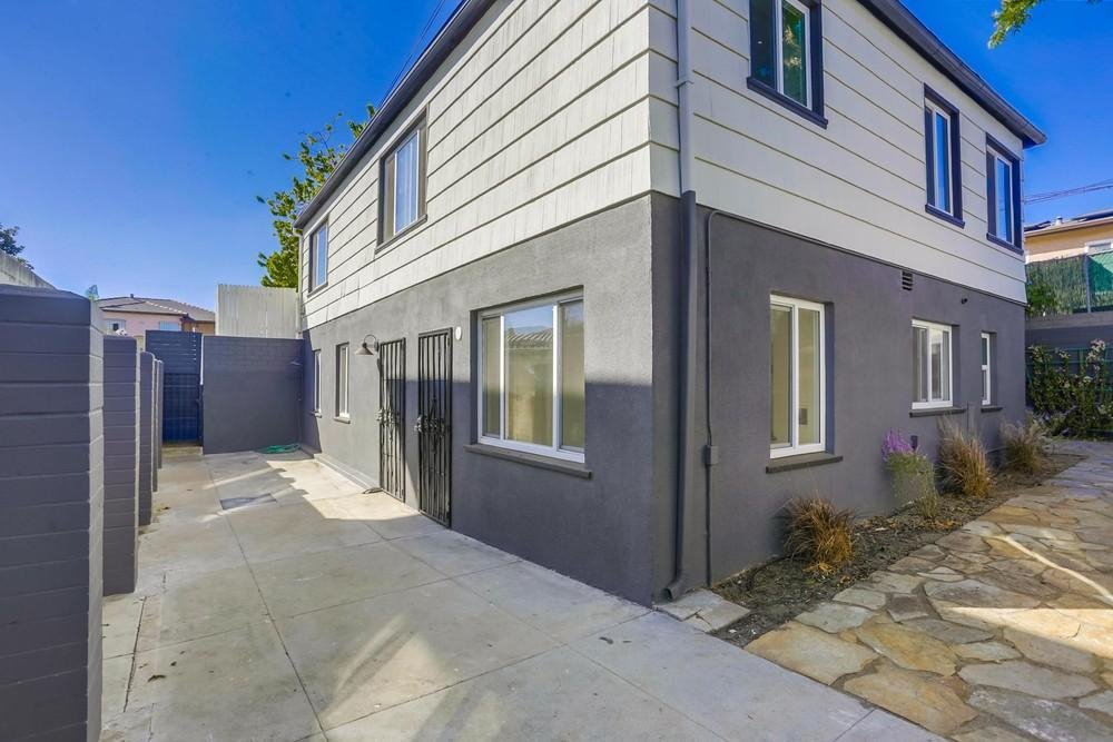 Main Photo: SAN DIEGO Apartment for rent : 1 bedrooms : 4281 48th St #A