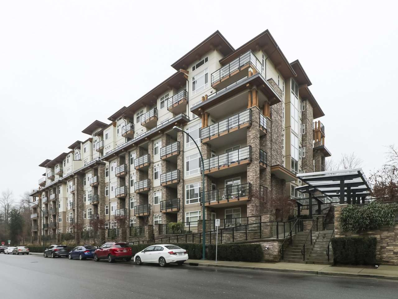 "Main Photo: 314 2495 WILSON Avenue in Port Coquitlam: Central Pt Coquitlam Condo for sale in ""ORCHID RIVERSIDE"" : MLS®# R2425971"