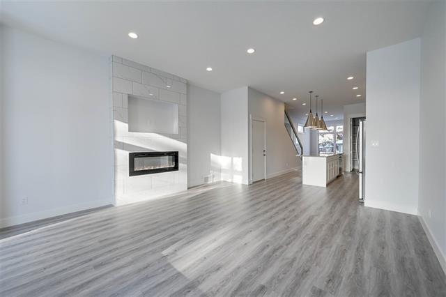 Main Photo: 7706 83 AV NW in Edmonton: Zone 18 House for sale : MLS®# E4184588