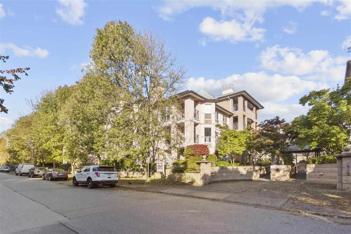 Main Photo: 105 2437 WELCHER AVENUE in Port Coquitlam: Central Pt Coquitlam Condo for sale : MLS®# R2512168