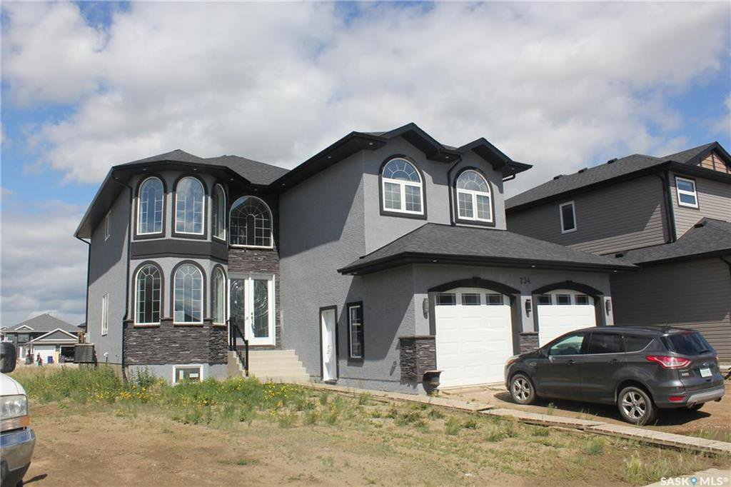 Main Photo: 734 Glacial Shores Bend in Saskatoon: Evergreen Residential for sale : MLS®# SK837535