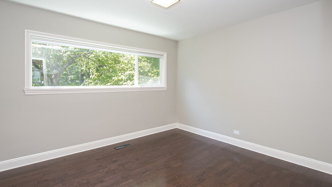 Photo 9: Photos: 665 BEACHVIEW Drive in North Vancouver: Dollarton House for sale : MLS®# R2391312