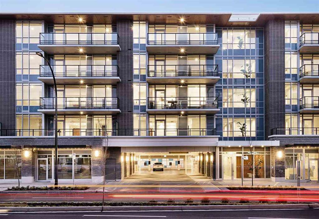 Main Photo: #513 - 177 W 3rd St. in North Vancouver: Lower Lonsdale Condo for sale : MLS®# R2433806