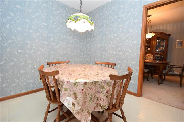 Photo 10: Photos: 14 Coralberry Avenue in Winnipeg: Garden City Residential for sale (4G)  : MLS®# 1926397