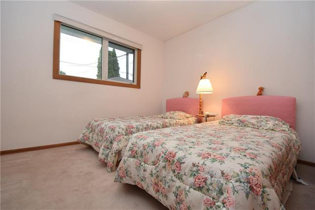 Photo 12: Photos: 14 Coralberry Avenue in Winnipeg: Garden City Residential for sale (4G)  : MLS®# 1926397