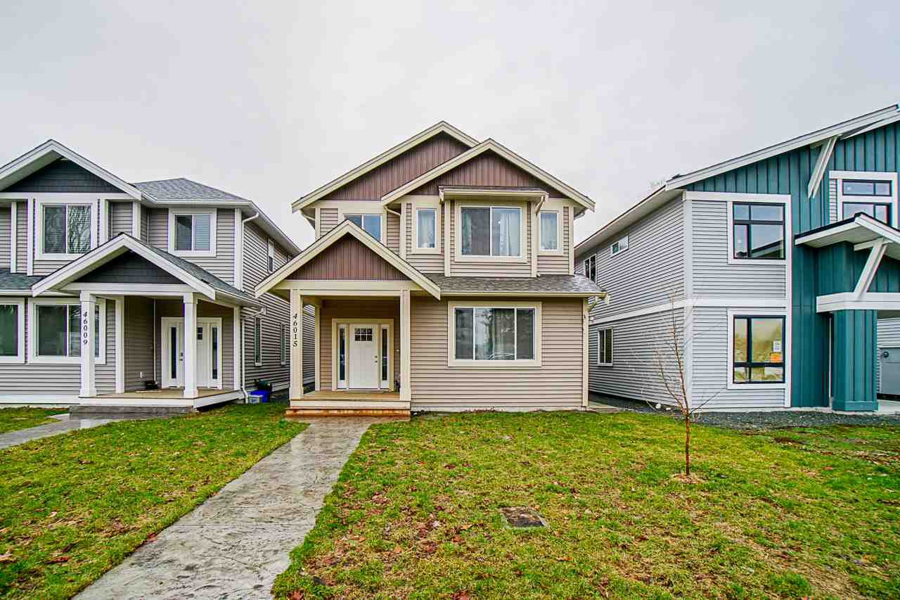 Main Photo: 46015 FOURTH Avenue in Chilliwack: Chilliwack E Young-Yale House for sale : MLS®# R2438529