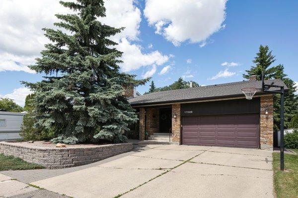Main Photo: 17608 53 Avenue in Edmonton: Zone 20 House for sale : MLS®# E4202411