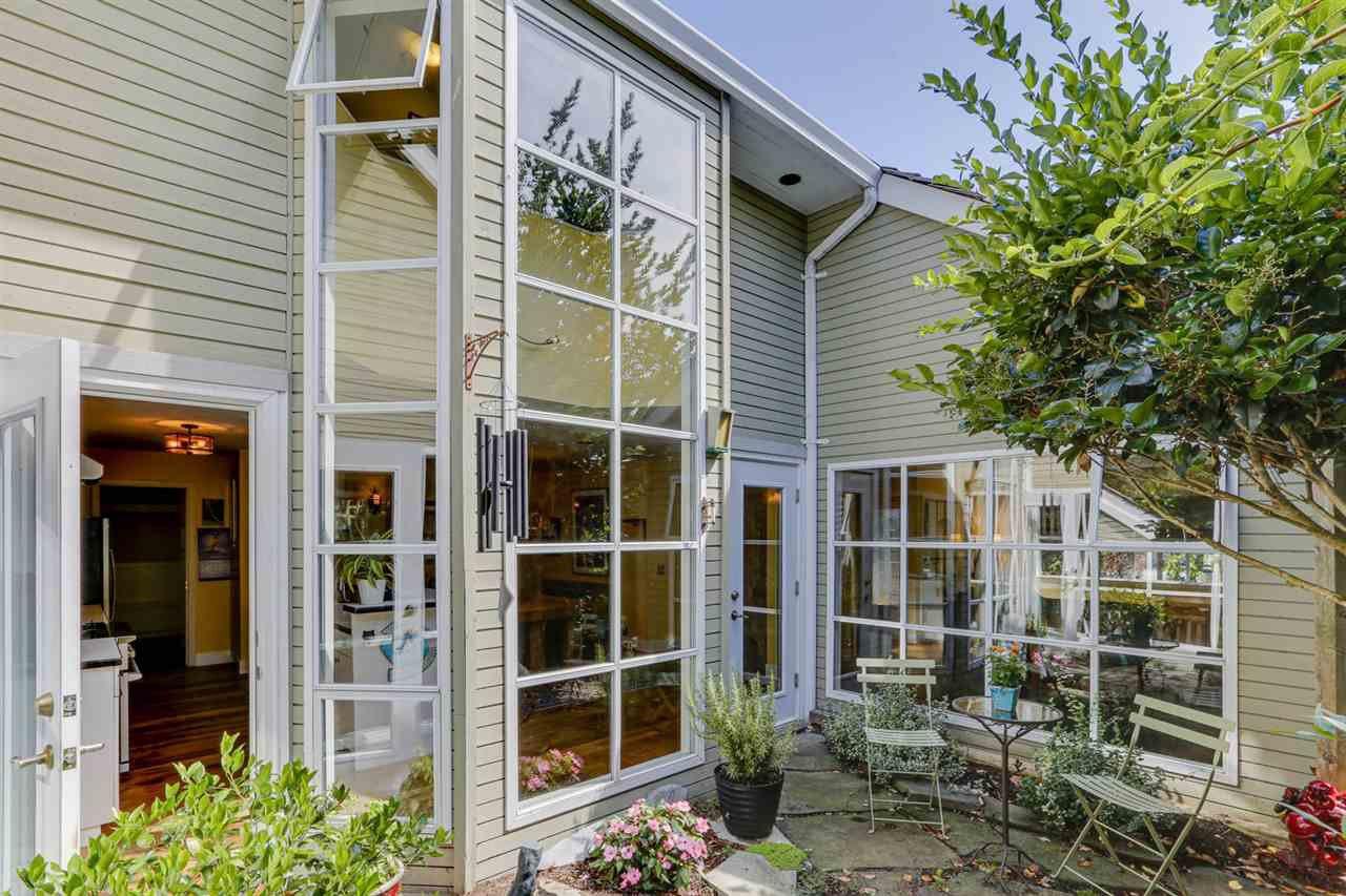 "Main Photo: 6635 3 Avenue in Delta: Boundary Beach House for sale in ""BOUNDARY BAY"" (Tsawwassen)  : MLS®# R2491180"