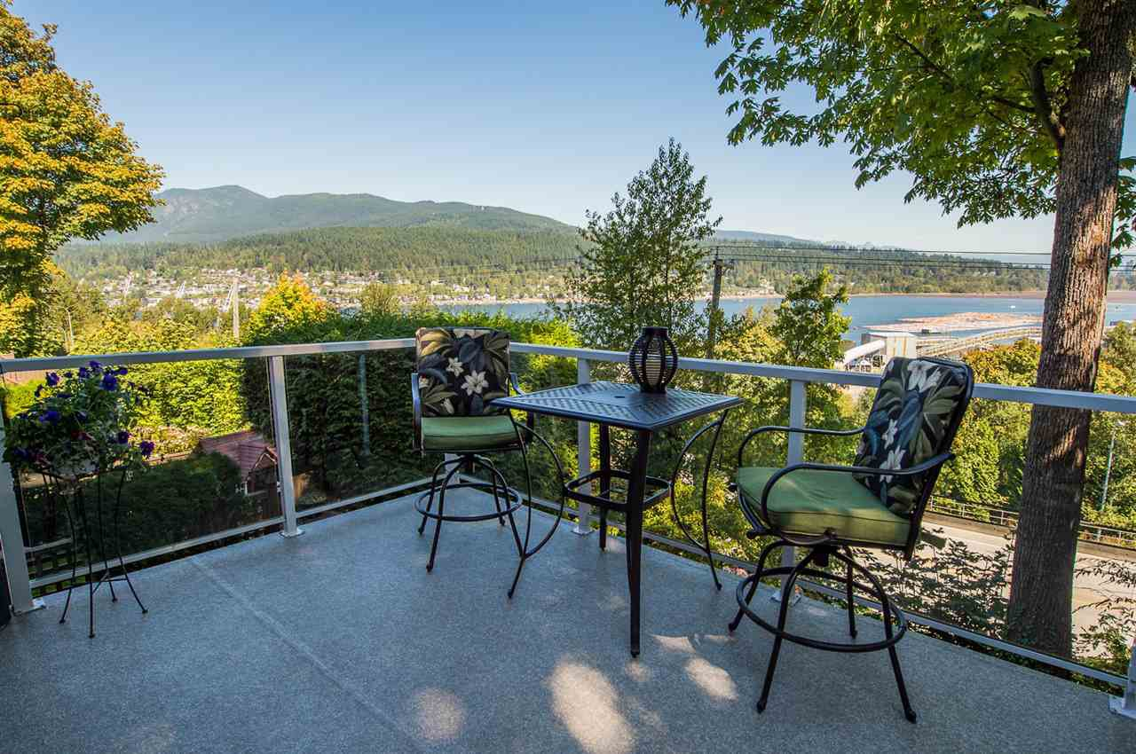 "Main Photo: 8 1560 PRINCE Street in Port Moody: College Park PM Townhouse for sale in ""Seaside Ridge"" : MLS®# R2495044"