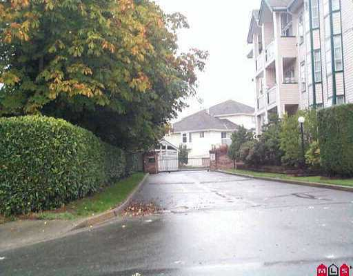 "Main Photo: 223 13911 70TH AV in Surrey: East Newton Condo for sale in ""Canterbury Green"" : MLS®# F2518577"