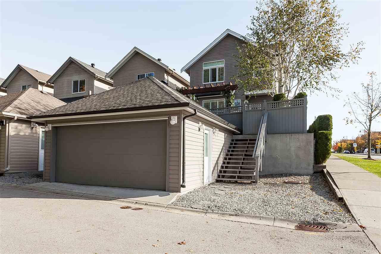 "Photo 19: Photos: 6007 164 Street in Surrey: Cloverdale BC House for sale in ""Vistas West"" (Cloverdale)  : MLS®# R2415621"