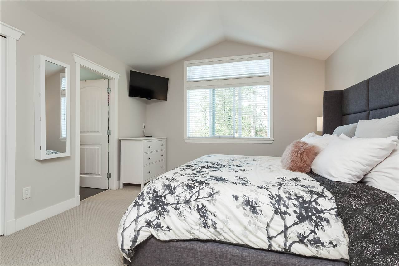 "Photo 9: Photos: 6007 164 Street in Surrey: Cloverdale BC House for sale in ""Vistas West"" (Cloverdale)  : MLS®# R2415621"