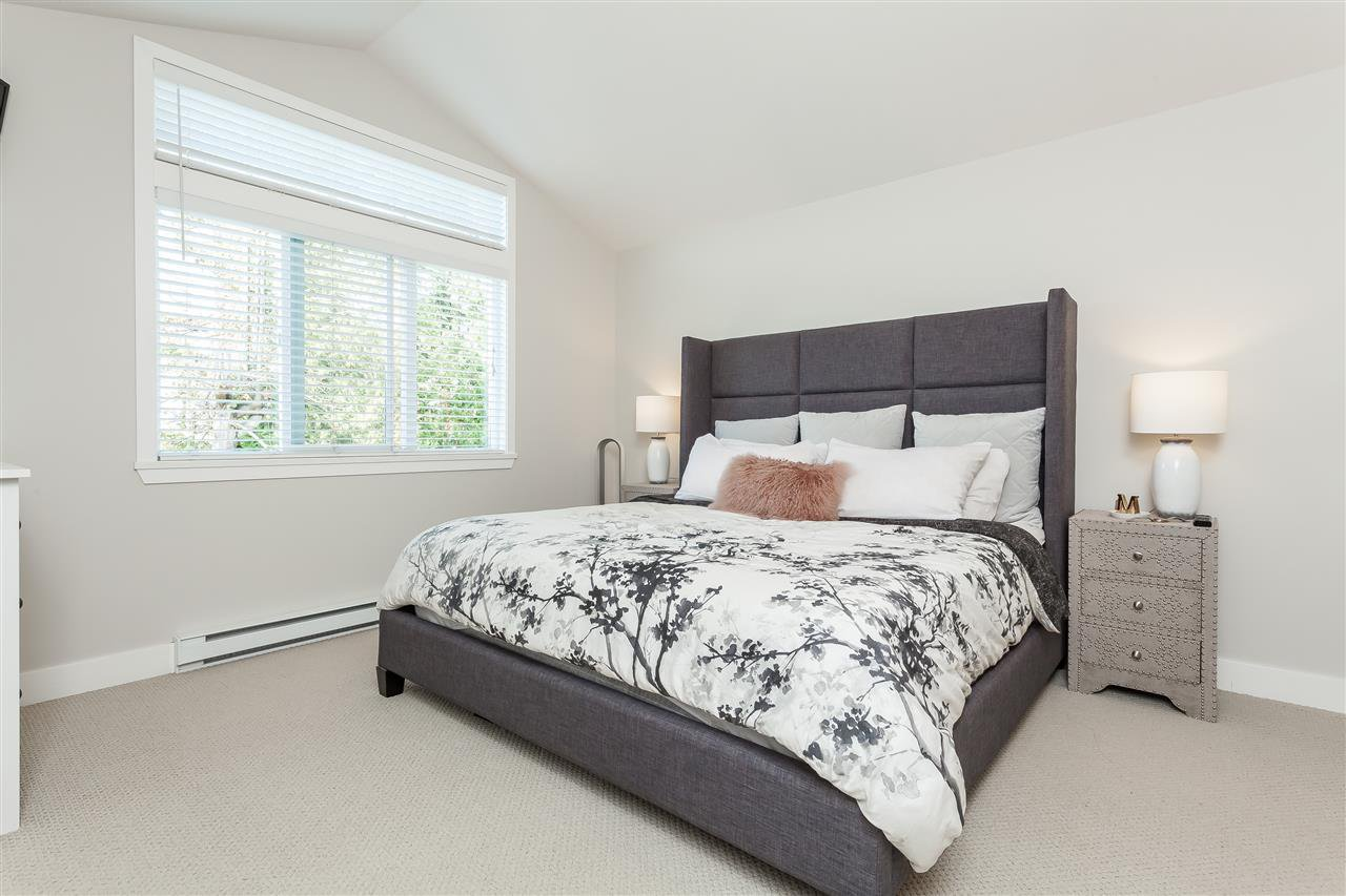 "Photo 10: Photos: 6007 164 Street in Surrey: Cloverdale BC House for sale in ""Vistas West"" (Cloverdale)  : MLS®# R2415621"