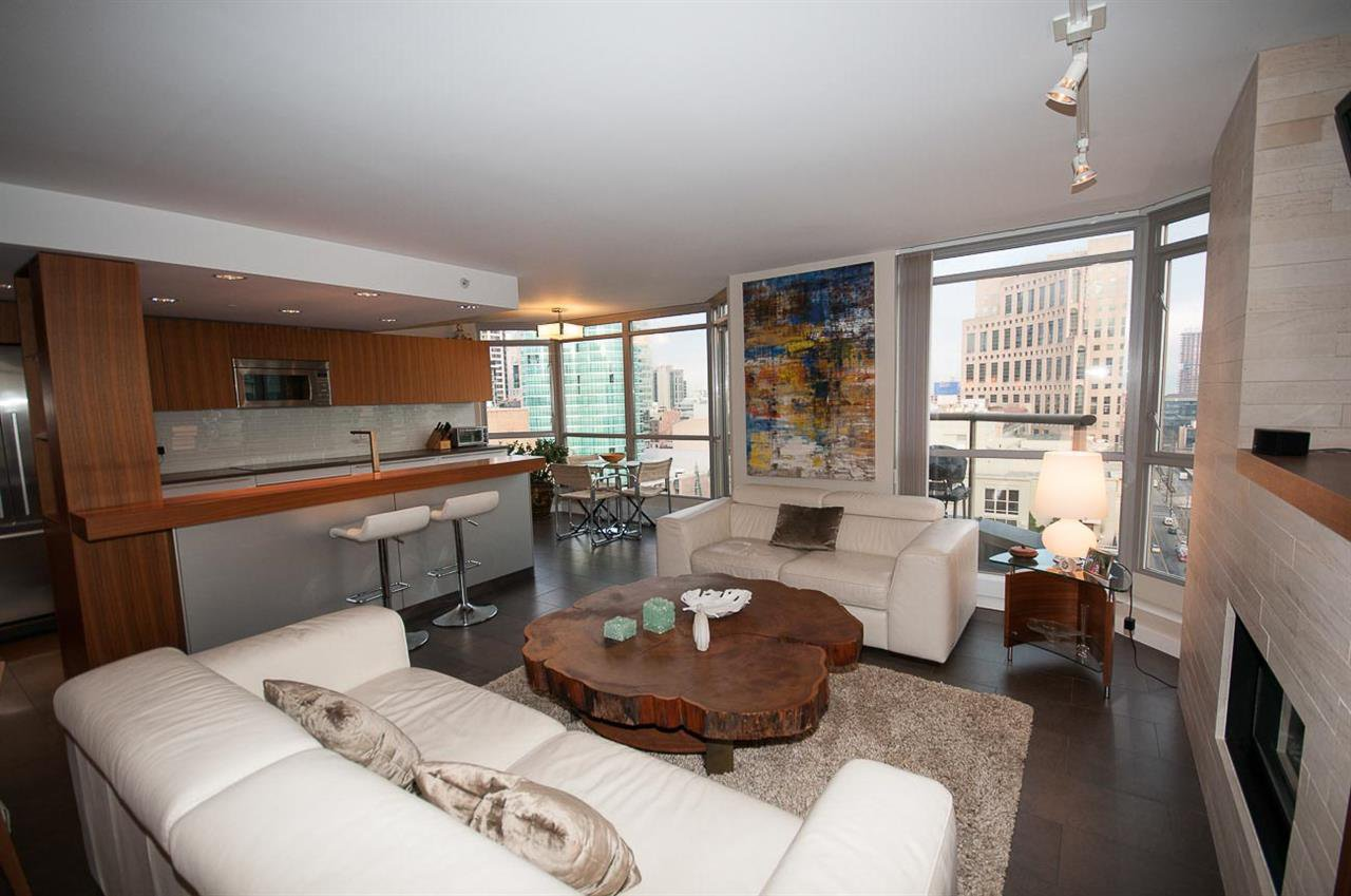 Main Photo: 2201 867 HAMILTON STREET in : Downtown VW Condo for sale : MLS®# R2247135
