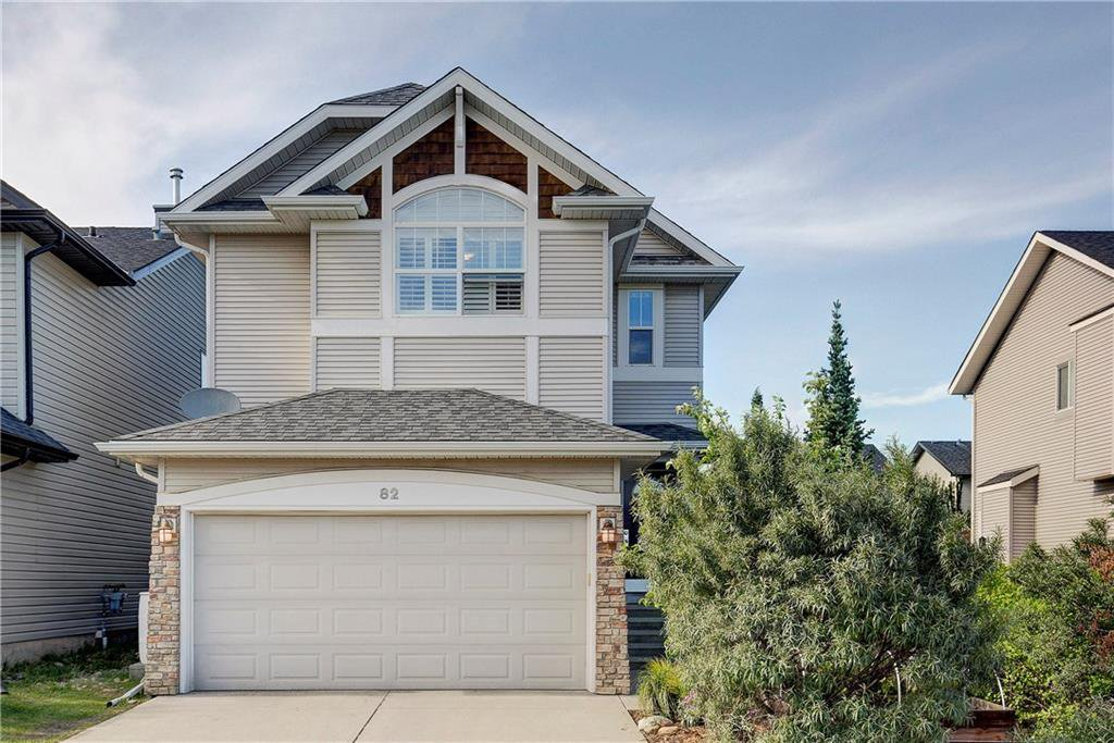Main Photo: 82 COUGARSTONE Close SW in Calgary: Cougar Ridge Detached for sale : MLS®# C4295852