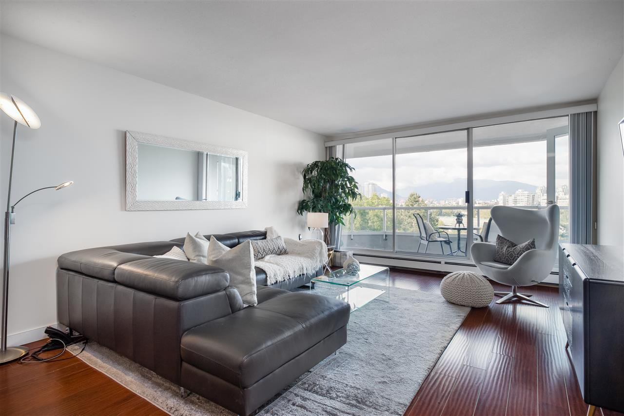 """Main Photo: 802 518 MOBERLY Road in Vancouver: False Creek Condo for sale in """"Newport Quay"""" (Vancouver West)  : MLS®# R2474536"""