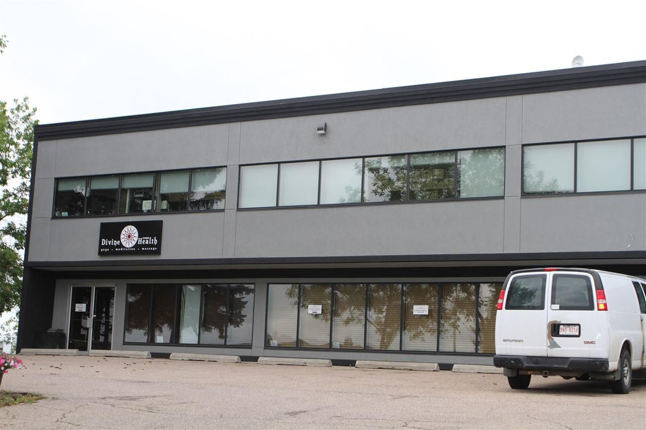 Main Photo: 35A Rayborn Crescent: St. Albert Office for lease : MLS®# E4169477