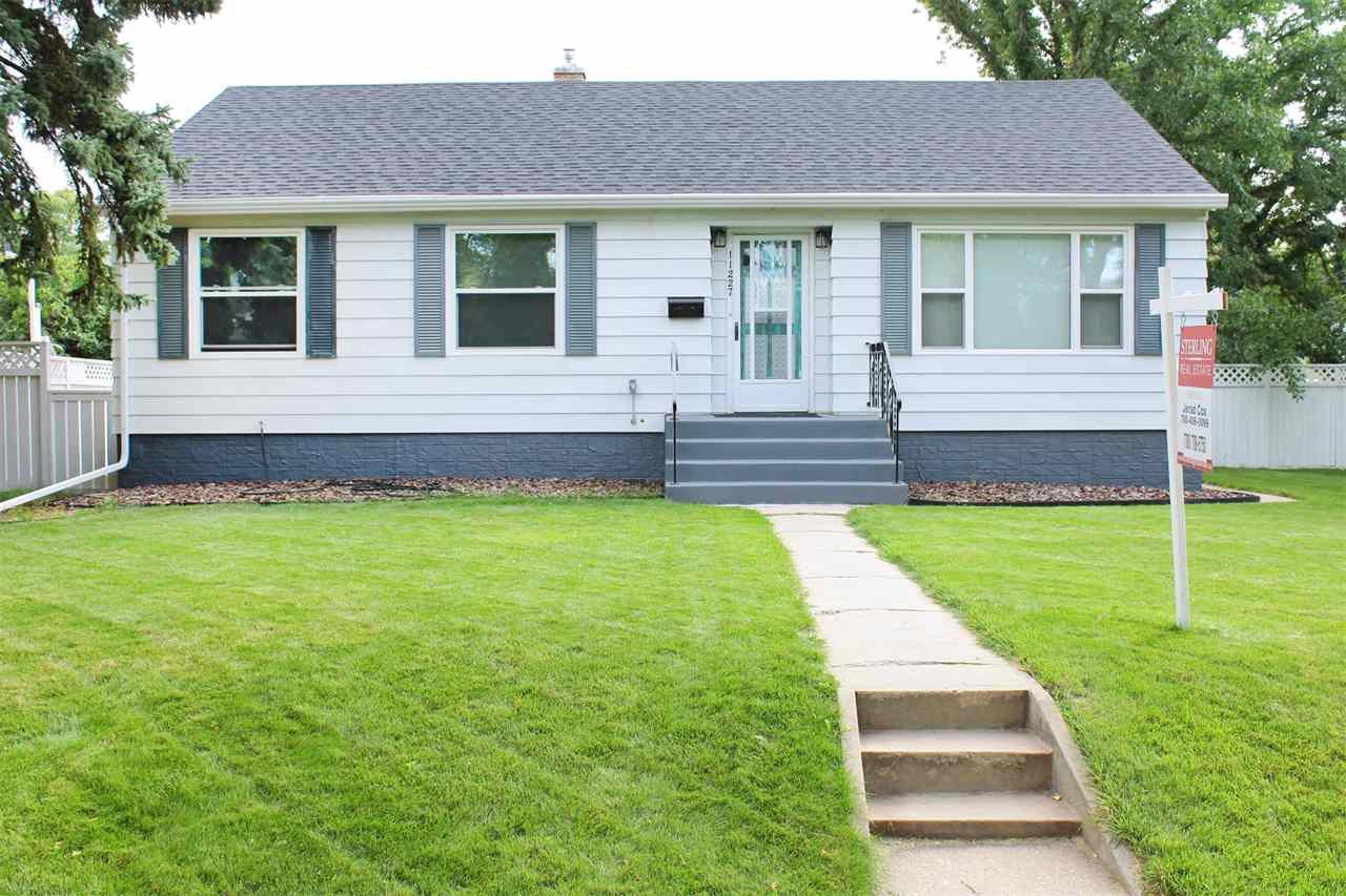 Main Photo: 11227 61 Street in Edmonton: Zone 09 House for sale : MLS®# E4170931