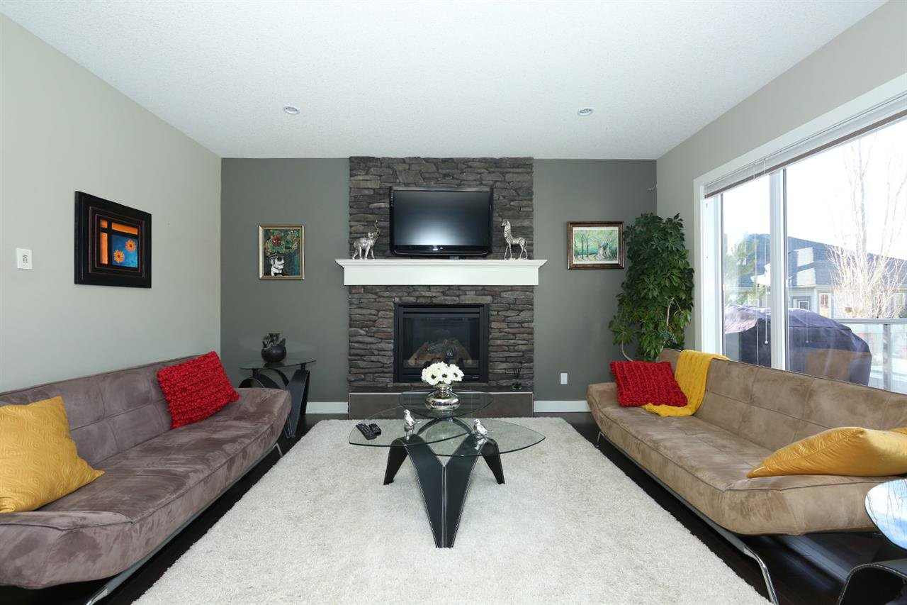 Main Photo: 4090 MACTAGGART Drive in Edmonton: Zone 14 House for sale : MLS®# E4180549