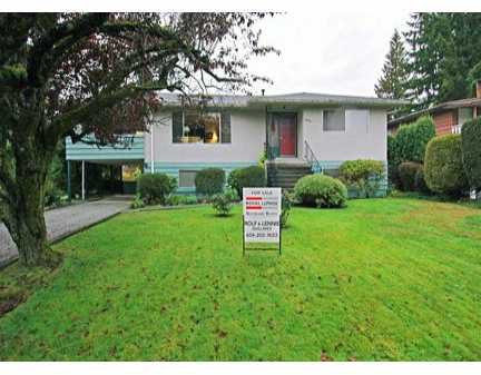 """Main Photo: 3909 SEFTON Street in Port Coquitlam: Oxford Heights House for sale in """"OXFORD HEIGHTS"""" : MLS®# V618435"""