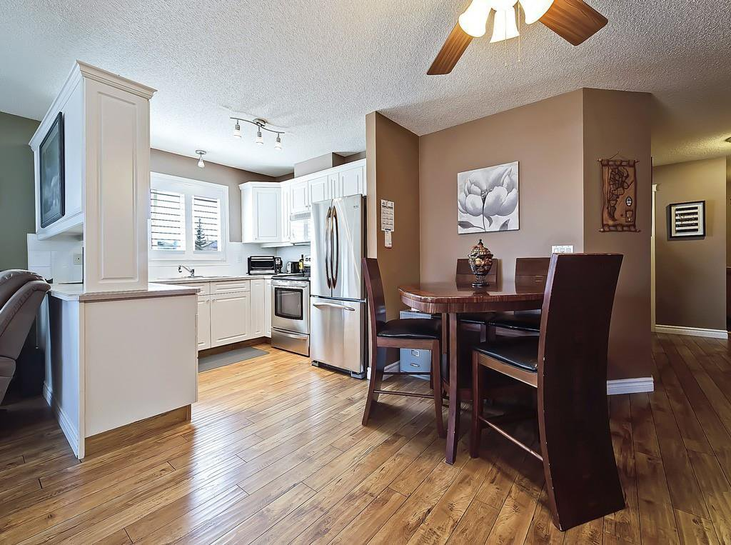 Photo 11: Photos: 112 20 COUNTRY HILLS View NW in Calgary: Country Hills Apartment for sale : MLS®# C4282333