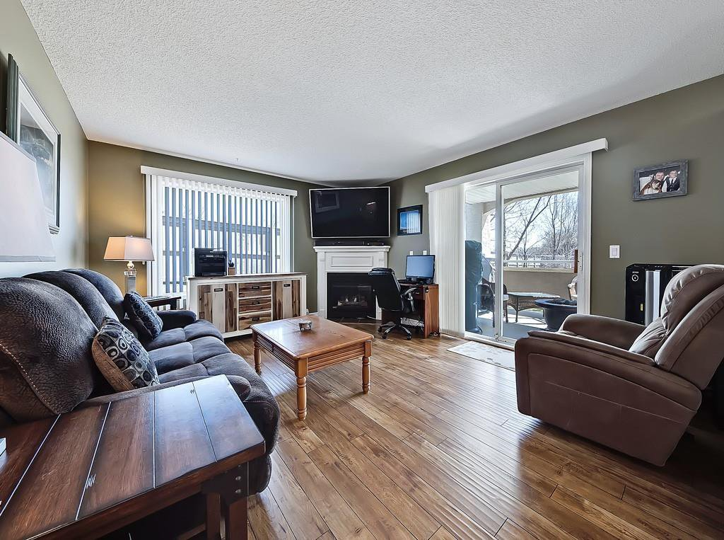 Photo 13: Photos: 112 20 COUNTRY HILLS View NW in Calgary: Country Hills Apartment for sale : MLS®# C4282333