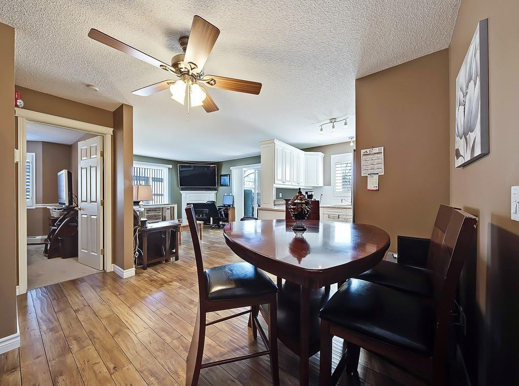 Photo 12: Photos: 112 20 COUNTRY HILLS View NW in Calgary: Country Hills Apartment for sale : MLS®# C4282333