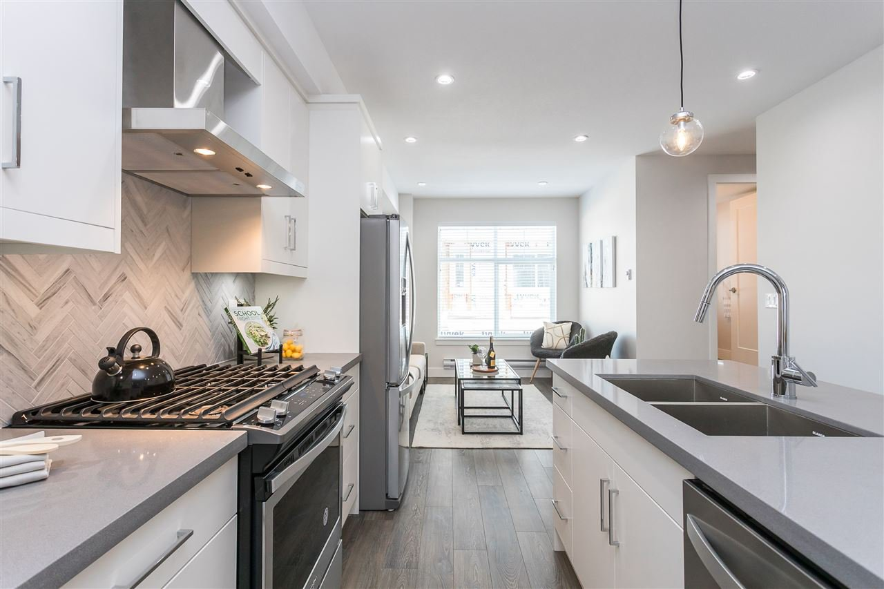 """Photo 6: Photos: 55 14541 WINTER Crescent in Surrey: King George Corridor Townhouse for sale in """"RIVER + PINE"""" (South Surrey White Rock)  : MLS®# R2451527"""