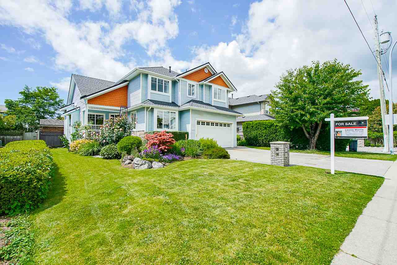 Main Photo: 6295 190 Street in Surrey: Cloverdale BC House for sale (Cloverdale)  : MLS®# R2465724