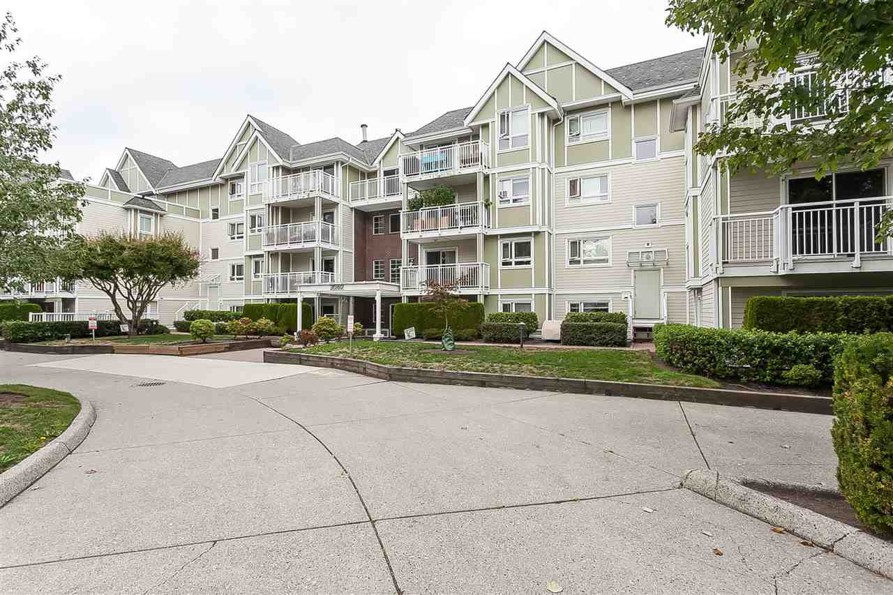 "Main Photo: 205 20189 54 Avenue in Langley: Langley City Condo for sale in ""Catalina Gardens"" : MLS®# R2403720"