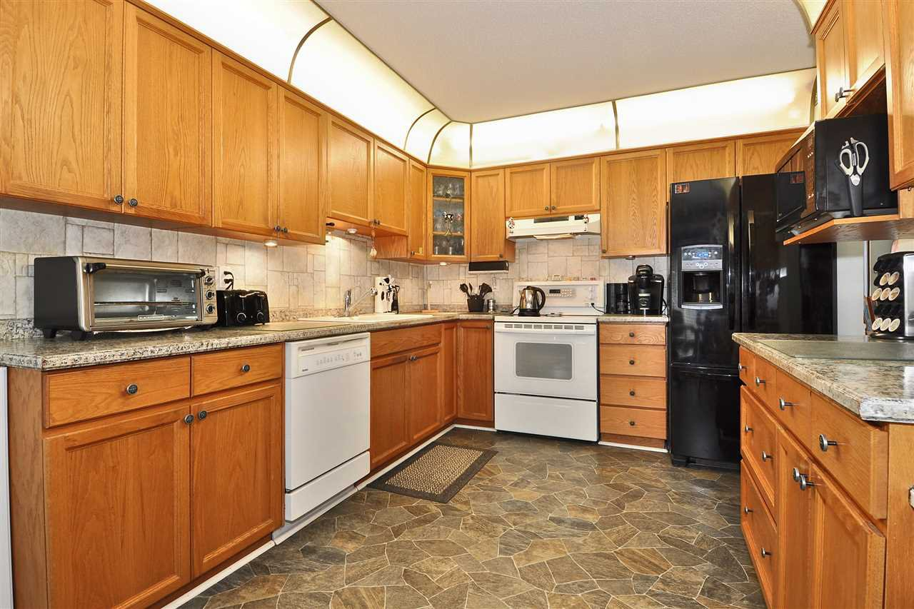 Photo 6: Photos: 71 323 GOVERNORS COURT in New Westminster: Fraserview NW Townhouse for sale : MLS®# R2395790