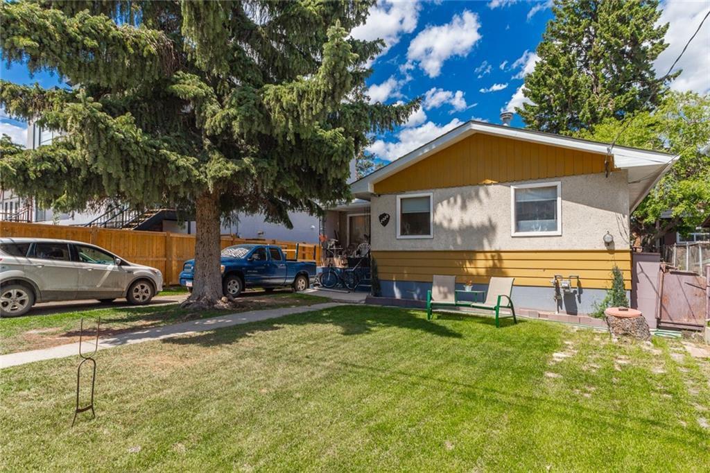 Main Photo: 2020 36 Avenue SW in Calgary: Altadore Detached for sale : MLS®# C4301792