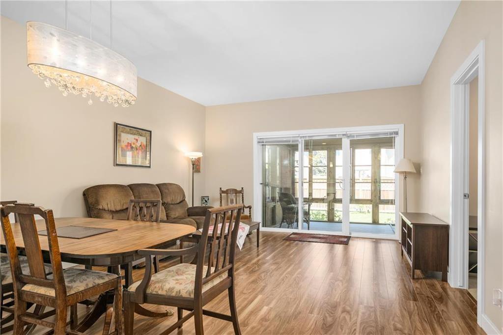 Photo 7: Photos: 2 80 Sandrington Drive in Winnipeg: Condominium for sale (2E)  : MLS®# 202021038