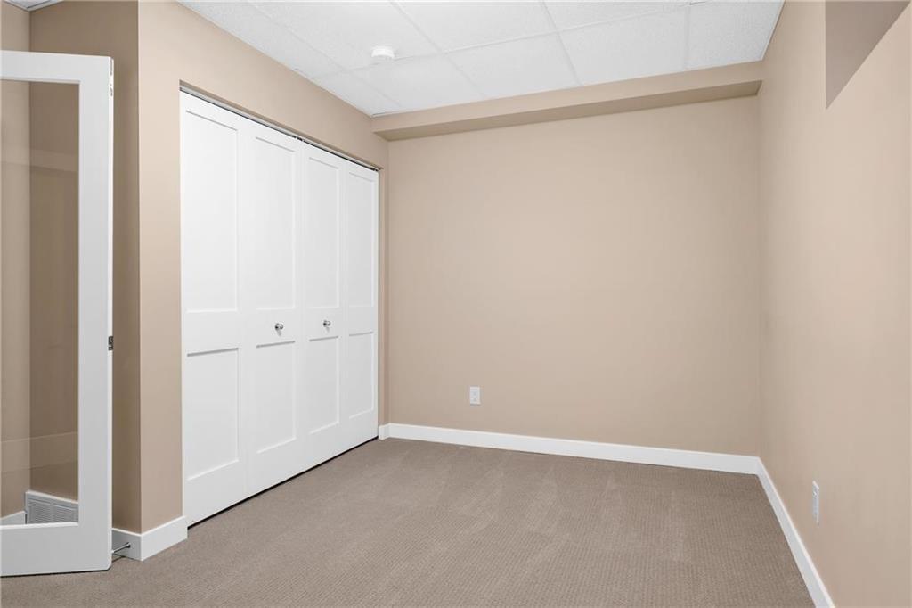 Photo 18: Photos: 2 80 Sandrington Drive in Winnipeg: Condominium for sale (2E)  : MLS®# 202021038