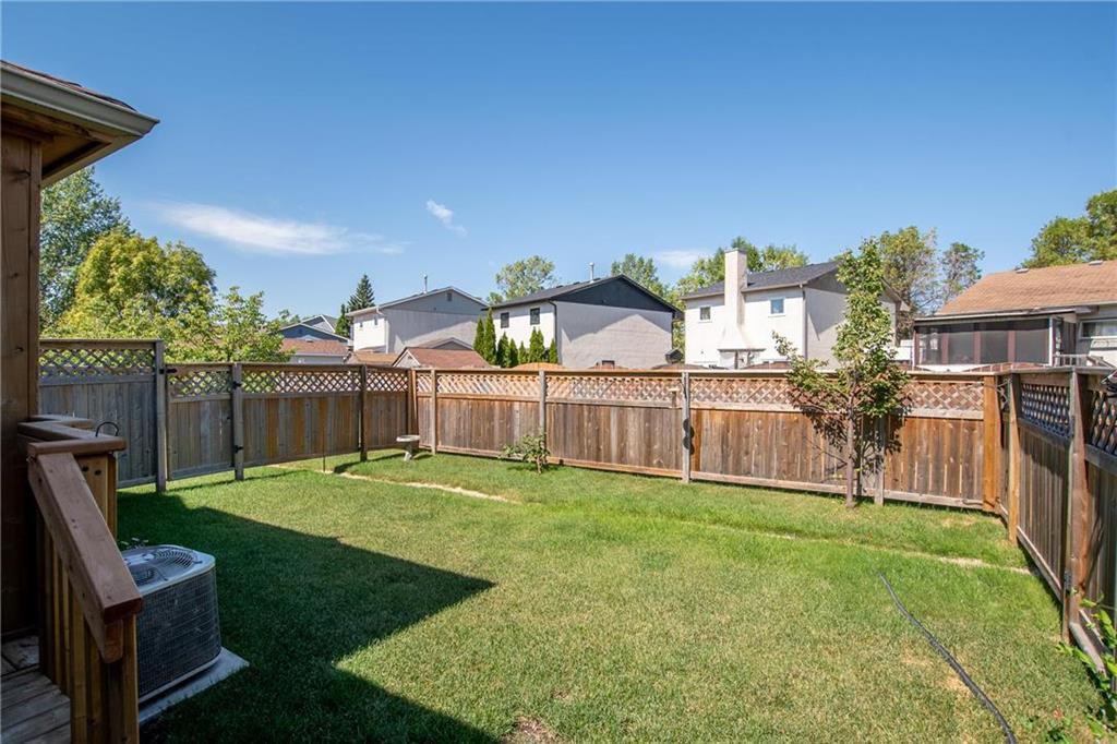 Photo 20: Photos: 2 80 Sandrington Drive in Winnipeg: Condominium for sale (2E)  : MLS®# 202021038