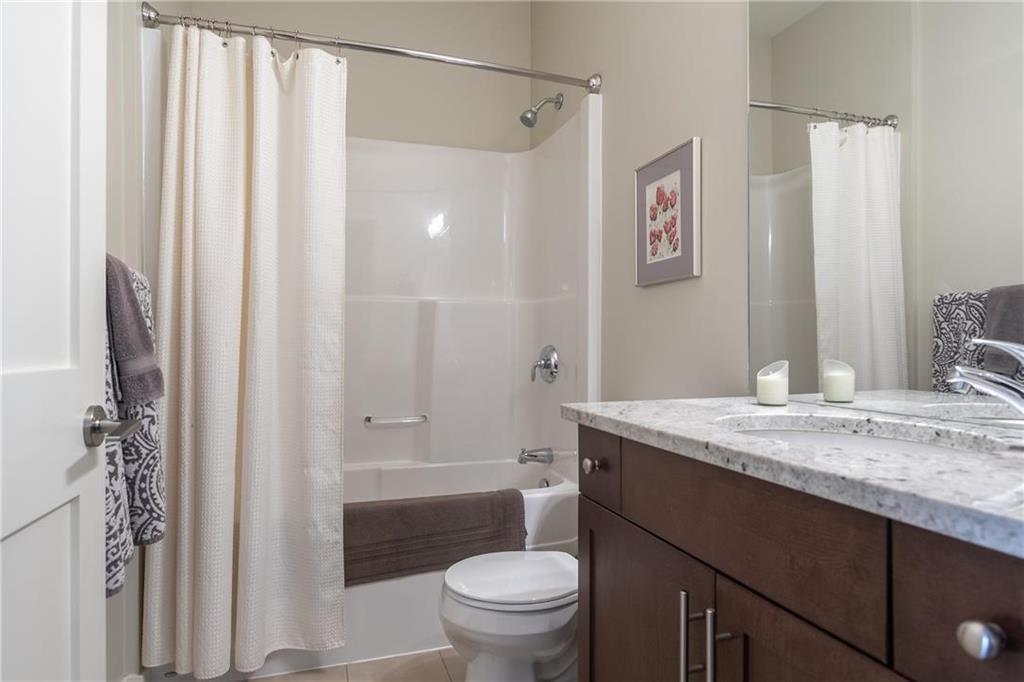 Photo 19: Photos: 2 80 Sandrington Drive in Winnipeg: Condominium for sale (2E)  : MLS®# 202021038