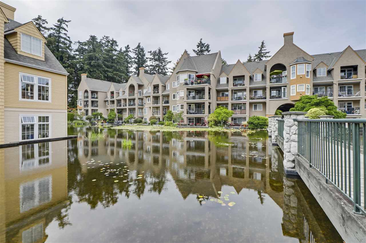 "Main Photo: 304 5518 14 Avenue in Delta: Cliff Drive Condo for sale in ""SOMMERSET @ WINDSOR WOODS"" (Tsawwassen)  : MLS®# R2494396"