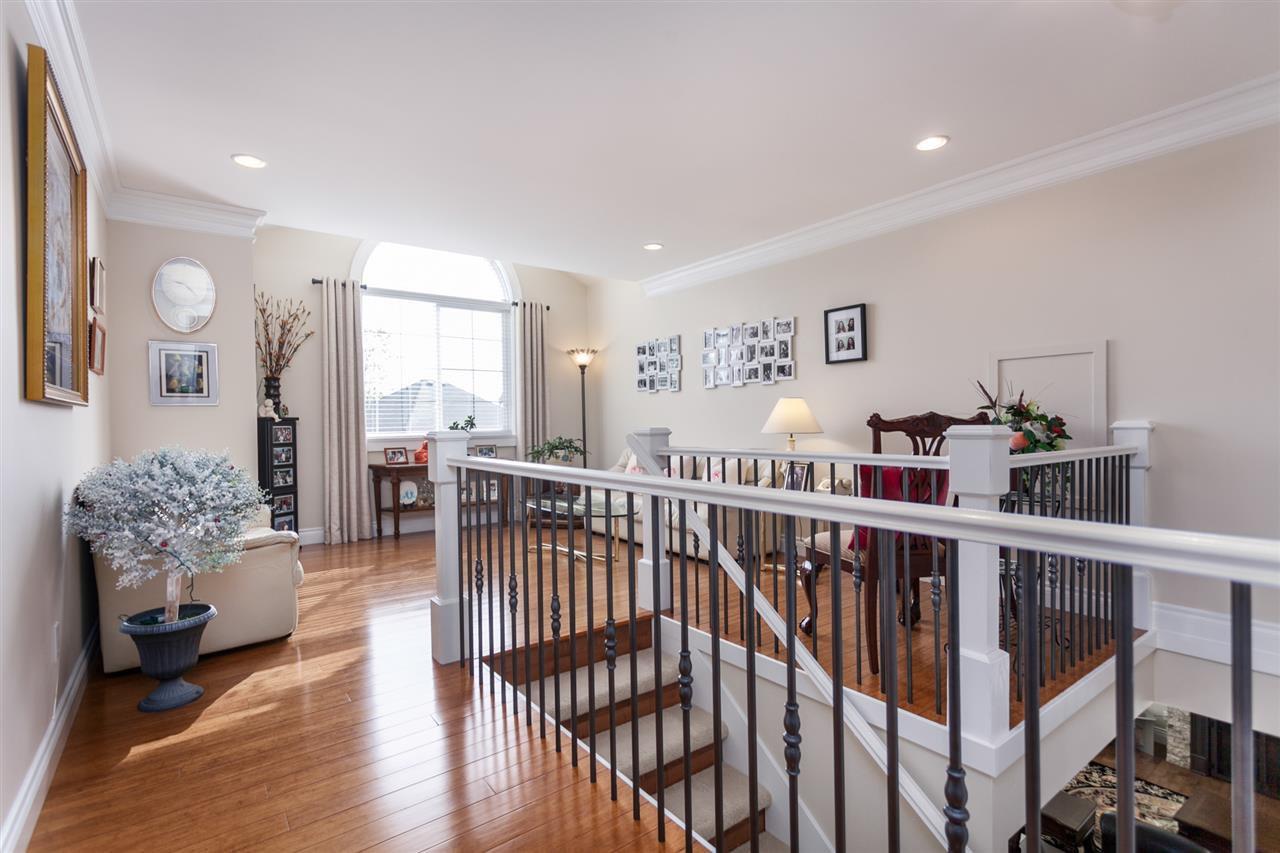 "Photo 13: Photos: 34416 ROCKRIDGE Place in Mission: Hatzic House for sale in ""ROCKRIDGE ESTATES"" : MLS®# R2410764"