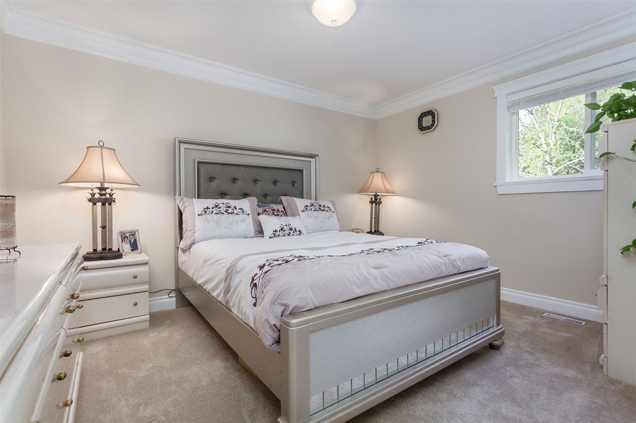 "Photo 15: Photos: 34416 ROCKRIDGE Place in Mission: Hatzic House for sale in ""ROCKRIDGE ESTATES"" : MLS®# R2410764"