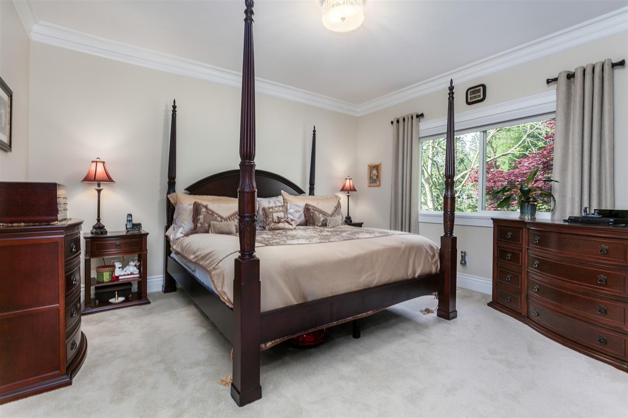"Photo 11: Photos: 34416 ROCKRIDGE Place in Mission: Hatzic House for sale in ""ROCKRIDGE ESTATES"" : MLS®# R2410764"