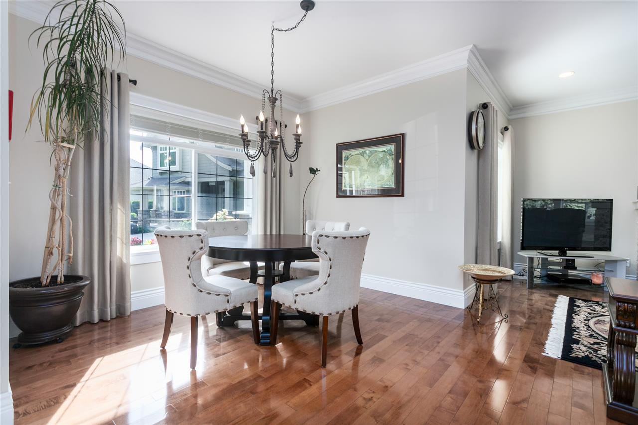 "Photo 10: Photos: 34416 ROCKRIDGE Place in Mission: Hatzic House for sale in ""ROCKRIDGE ESTATES"" : MLS®# R2410764"