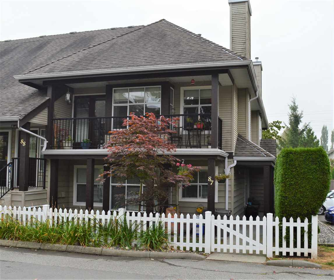 """Main Photo: 87 12099 237 Street in Maple Ridge: East Central Townhouse for sale in """"GABRIOLA"""" : MLS®# R2498464"""